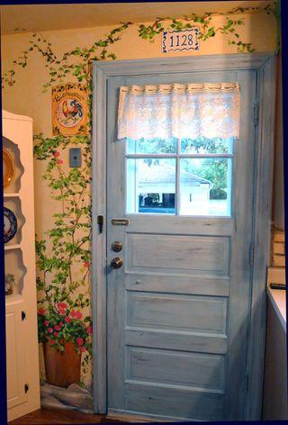provence-mural-back-door