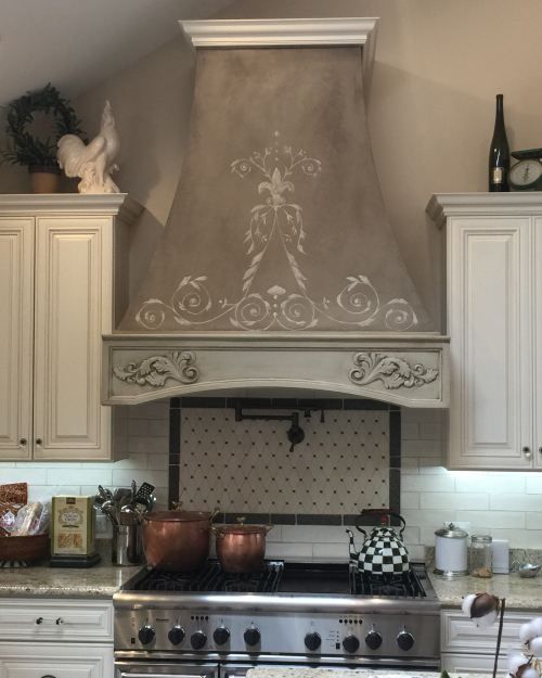 French-kitchen-oven-hood_blog